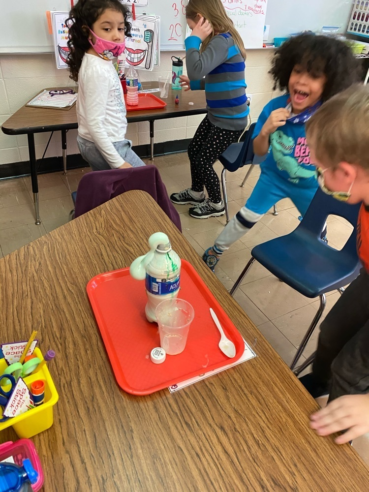 Elephant Toothpaste science experiment !
